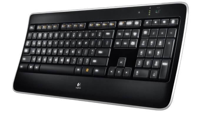 Logitech K800 Tastatur