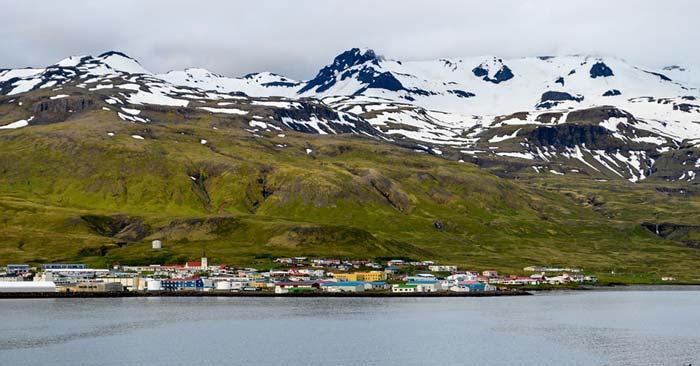 Flüge nach Spitzbergen