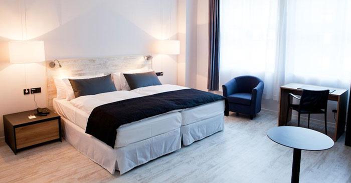 Hotel Catalonia Berlin Zimmer