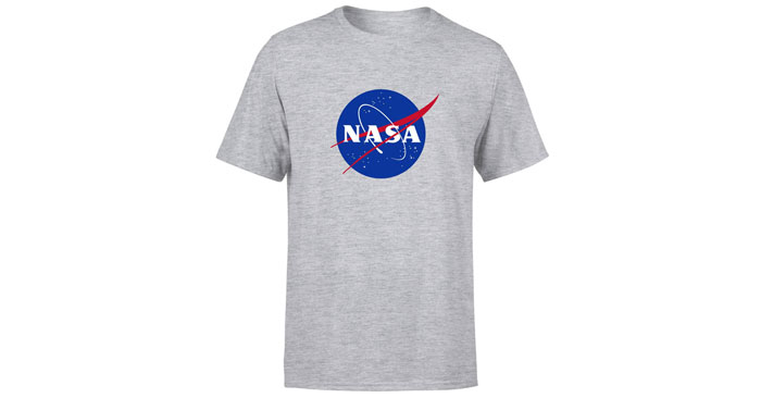 T-Shirts mit NASA Logo