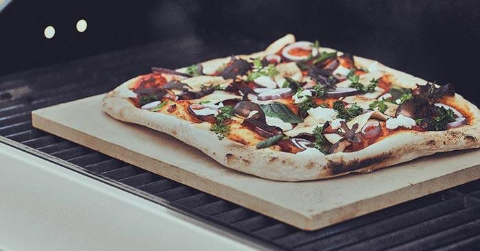 Burnhard Pizzastein