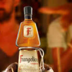 """[GRATIS] 5x kleine Flaschen Frangelico Haselnusslikör über Send Me a Sample / """"Schick mir eine Probe"""""""
