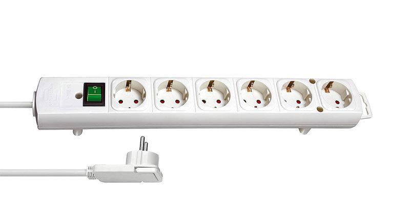 Brennenstuhl Comfort-Line Plus Steckdosenleiste mit Flachstecker (6-fach) für 7,18€