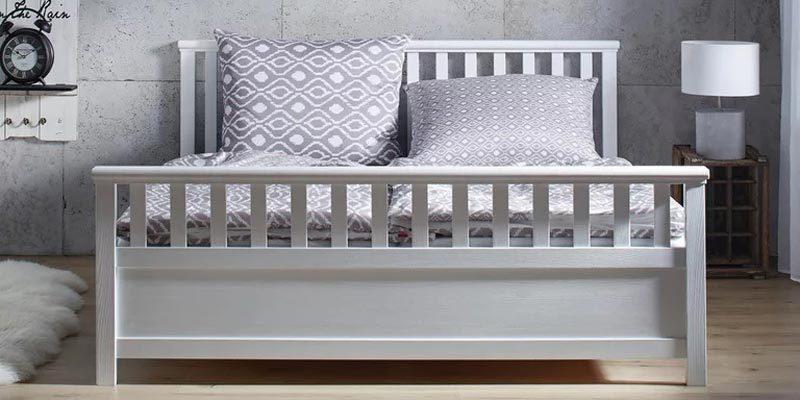 Holzbett Pina in weiß (180 x 200 cm) für 179,25€ inkl. Lieferung