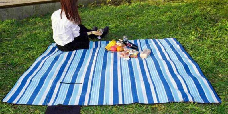 Slotra Picknickdecke Fleece 200×150 cm oder 200×200 cm für 6,99€ bzw. 7,99€