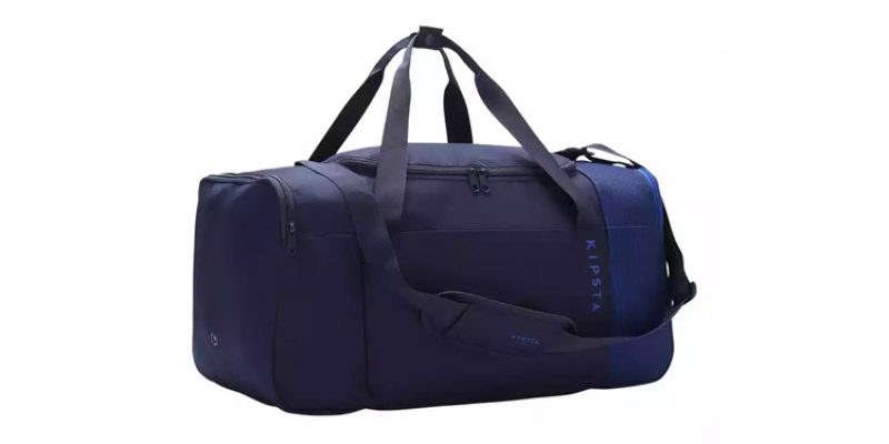 Kipsta Sporttasche Essential 55 Liter (marineblau) für 6,99€ + evtl. 3,99€ Versand