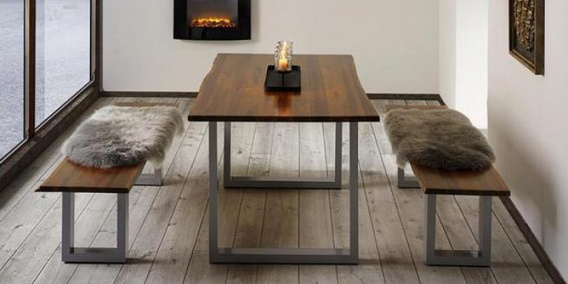 Tisch Mailo aus Akazienholz (160×85 cm) für 228,29€ inkl. Versand