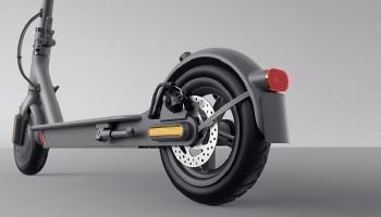 Xiaomi Mi Scooter 1S (mit Straßenzulassung) für 339€ bei Saturn